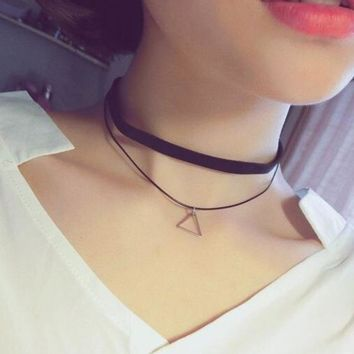 Gothic Lolita Punk Triangle Choker Necklace Black Velvet Steampunk Tattoo Necklaces Torques Jewellery Clavicle Colar Bijoux