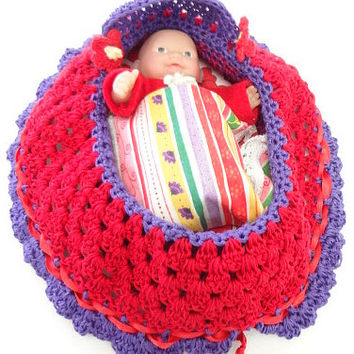 cradle purse crochet itty bitty baby doll church purse BG81