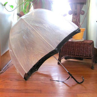 clear Vintage Umbrella w black trim // Parasol