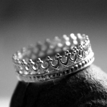 Queens Crown Sterling Silver Ring by Decadence2Jewelry on Etsy