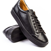 Ylati Vesuvio Low Top Black Sneaker
