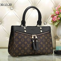 LV Louis Vuitton tide brand female shopping bag shoulder bag handbag Messenger bag Black