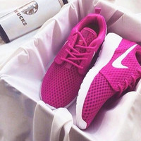 """NIKE"" roshe Trending Fashion Casual Sports Shoes rode red"