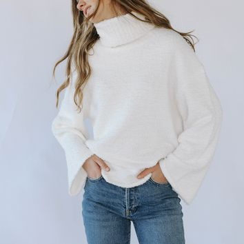 Love Dove Sweater (Ivory)