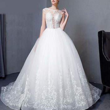 New Design Elegant Ball gown Lace Wedding Dresses Luxury Beaded Sheer Backless Sexy Vintage sleeveless Wedding Gown