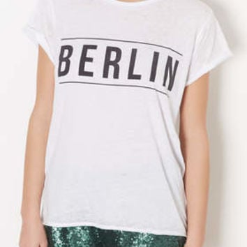 BERLIN BURNOUT TEE