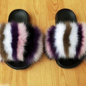 Friends fox fur slides