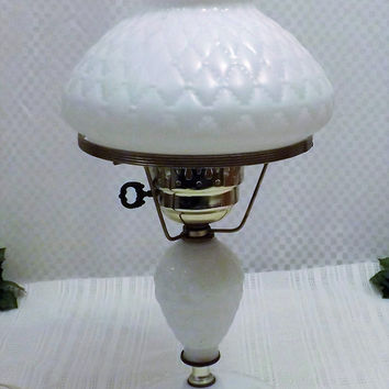 60s Vintage Fenton Pillow Lace Hobnail Milk Glass Bedroom Lamp