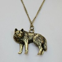 TANZKY® Vintage Wolf Necklace Bronze Fashion Jewelry Lover Charm Animal Pendant