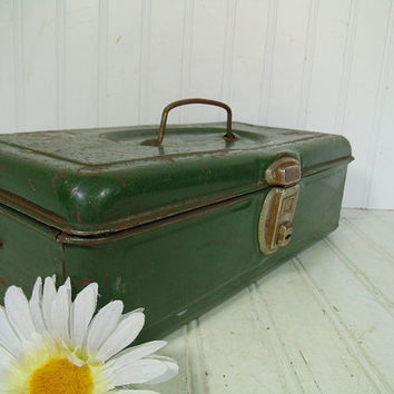 Handy Heavy Duty Dark Green Enamel Metal Two Level Tool Chest - Vintage Forrest Green Tackle Box - Artisan Tools Tote - Well Used Condition