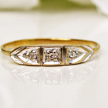 Art Deco Wedding Ring 14K Two Tone Gold Petite Diamond Ladies Antique Wedding Band Dainty Thin Gold Stacking Ring Size 7.5