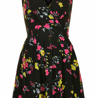 **Printed Cross Bust Dress by Wal G