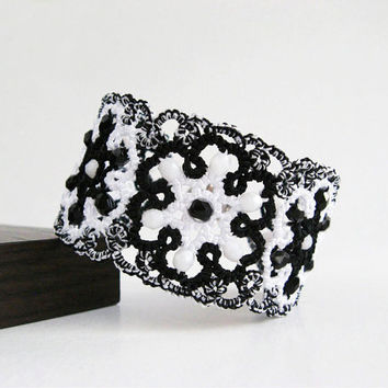 Tatted lace bracelet Chess Queen, black&white bracelet, lace bracelet, cuff bracelet, wide bracelet, statement bracelet, tatting jewelry.