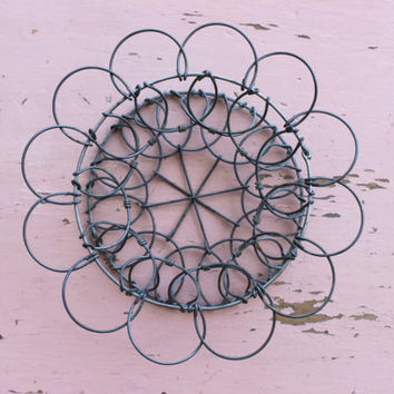 Very Cool Vintage or Antique Wire Egg Basket - Collapsible