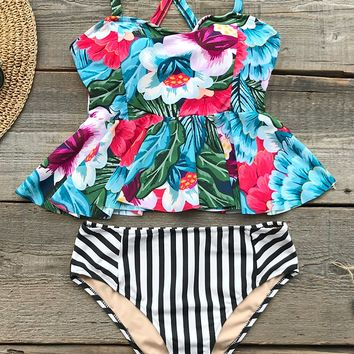 Cupshe Music City Print Bikini Set