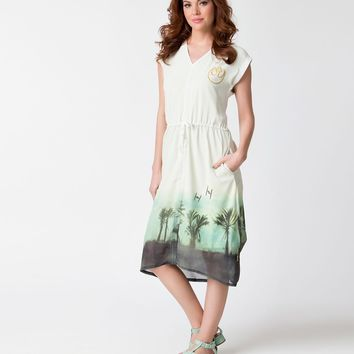 Cream & Tropical Planet Star Wars Cap Sleeve Shift Dress
