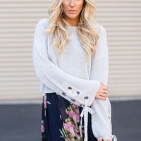 Chunky Laced-Up Cuff Sweater in Gray