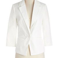 ModCloth Minimal Short 3 Dapper Date Blazer in White