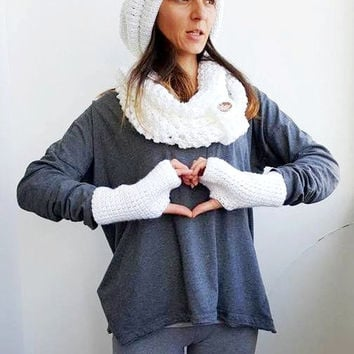 WHITE CROCHET SCARF Women Beanie Fingerless Glove Crochet Scarf Soft Infinity Braided Cable Boho Cowl Crochet Slouchy Fingerless Gloves Hat