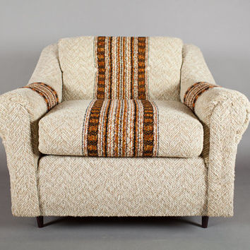 Vintage Club Lounge Chair – Tweedy textile with Native American Pattern