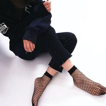 ONETOW 2017 Spring Summer Women's Fashion Fish Net Socks Black Holow Out Socks