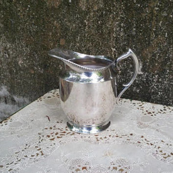 Vintage Poole Silver Co Silverplate Water Pitcher EPNS Silver 1023