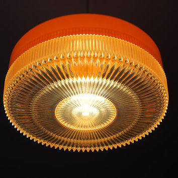 Retro orange & clear plastic pendant light, space age ufo shape ceiling light shade, spider fitting, Lamp, Retro 70s home. 1960 70
