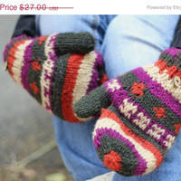 ON SALE Aztec Print Soft Mittens ,Wool convertible mittens, chunky knit mittens, flip top mittens, winter gloves