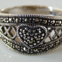 Marcasite 925 Sterling Silver Heart Ring Band Size 7.5
