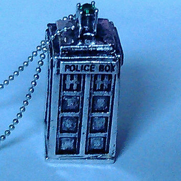 Antique Silver 3-Dimensional Police Box with Emerald Green Rhinestone on Silver Ball Chain