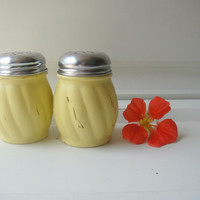 Parmesan - Red Pepper Shaker Set - Butter Yellow -  Up cycled Chalk Paint Shabby Chic - Wedding Distressed Beach Decor Pizza Party