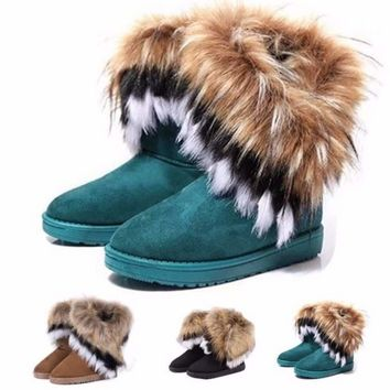 Fashion Feathered Round Toe Winter Boots