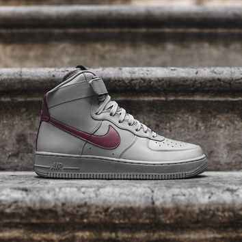Nike Air Force 1 High LV8 - Silver