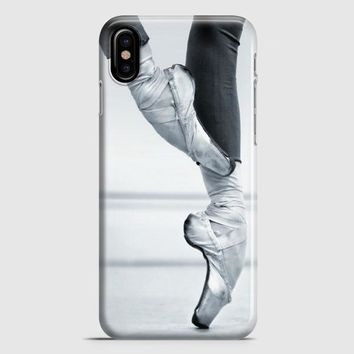 Ballet Dancer En Pointe iPhone X Case