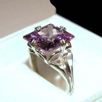 Lavender Amethyst Ring, Anniversary, Cocktail Ring, Princess Cut Stone, 14.31 Carats