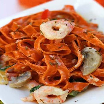 Recipes - Chilli Tagliatelle with Prawns and Cream (For Veggie Option Omit the Prawns)