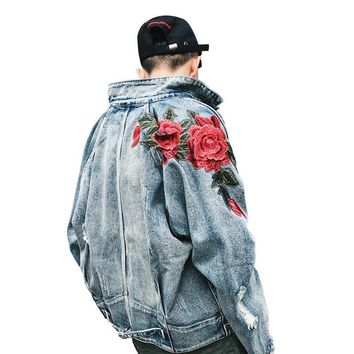 Trendy 2018 Spring New Men's Clothing Denim Jacket 3D Rose Flower Embroidery Vintage Frayed Hole Coats High Street Hip Hop Outerwear AT_94_13