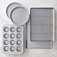 Williams Sonoma Traditionaltouch™ 6-Piece Bakeware Set
