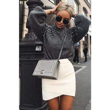 Pullover Long Sleeve Short Sweater Loose O-neck with Pearl Front