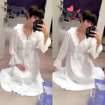 ICIKDZ2 2017 2017 Princess Nightgown Women's Winter Long Robe white Vintage Chiffon Princess Nightgown Sleepwear pijama B3892