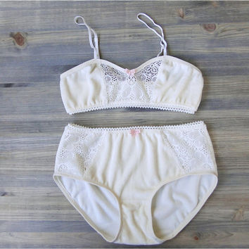Organic underwear and bralette set, organic bamboo velour panties and bra, ivory lace soft  bra, organic lingerie shop
