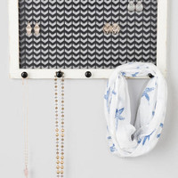 Chevron Metal Jewelry Holder