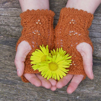 Beaded hand knit lace wristwarmers,Fingerless gloves with beads,Lace wool handwarmers