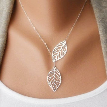 Fashion Jewelry Small Pure And Fresh Exquisite Double Leaves Necklace