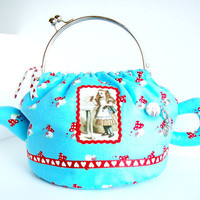 Alice in Wonderland teapot hand purse by microbio on Etsy