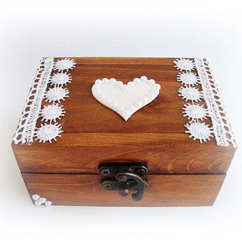 Brown jewelry box, Rings carrier, Storage rings, Wooden box rings, Pillow rings, Ring Bearer Box, Rustic wedding, Ring box,  Lase, Heart,