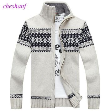 Christmas Sweater Winter New Pullover Snowflake Pattern Men 's Leisure Cardigan Fashion Collar Male Thickening Wool Jacket