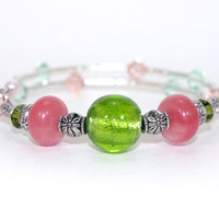 Green glass bead memory wire bracelet, Pink rose quartz bead, Green peach Swarovski crystal, Antique silver plated bead, Memory wrap bangle