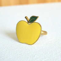 Sweet Golden Apple Ring [2863] - $11.00 : Vintage Inspired Clothing & Affordable Summer Dresses, deloom | Modern. Vintage. Crafted.