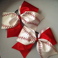 Baseball or softball cheer bow